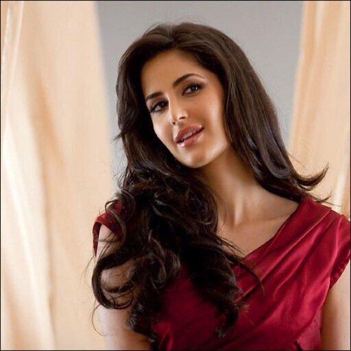 الممثلة الهندية #كاترينا_كييف #KatrinaKaif - صورة ٢ #مشاهير