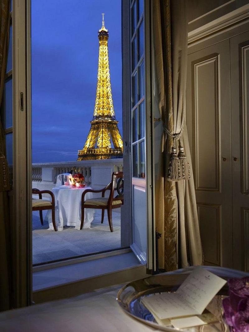 لقطات لمناظر رومانسية - صورة ١ - #باريس