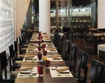 مطعم نودل بوكس ياس فيسروري أبو ظبي, ياس أيلاند، #أبوظبي