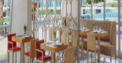 مطعم ذا فيست فندق شيراتون جدة، شارع الكورنيش، الشاطئ، #جدة