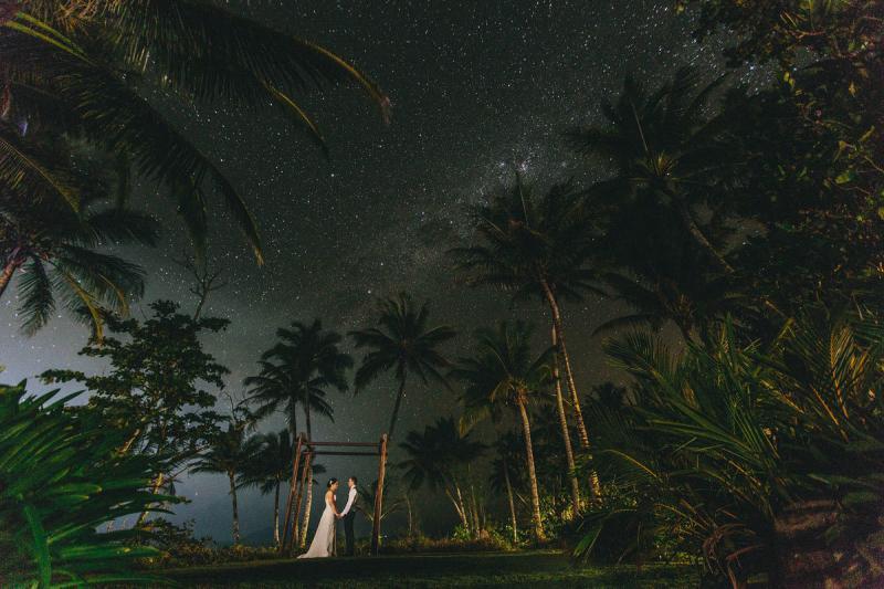 خارج عن المألوف صوره الزفاف وسط الطبيعة الساحرة في #استراليا #غرد_بصورة