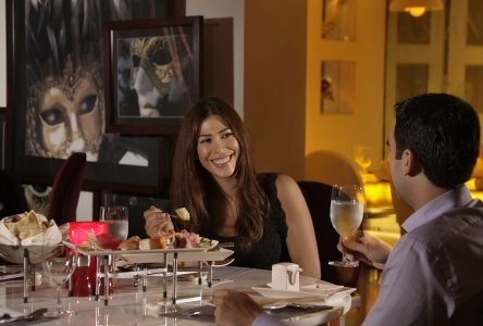مطعم تياترو أبوظبي بارك روتانا - أبوظبي ، المقتاء، #أبوظبي