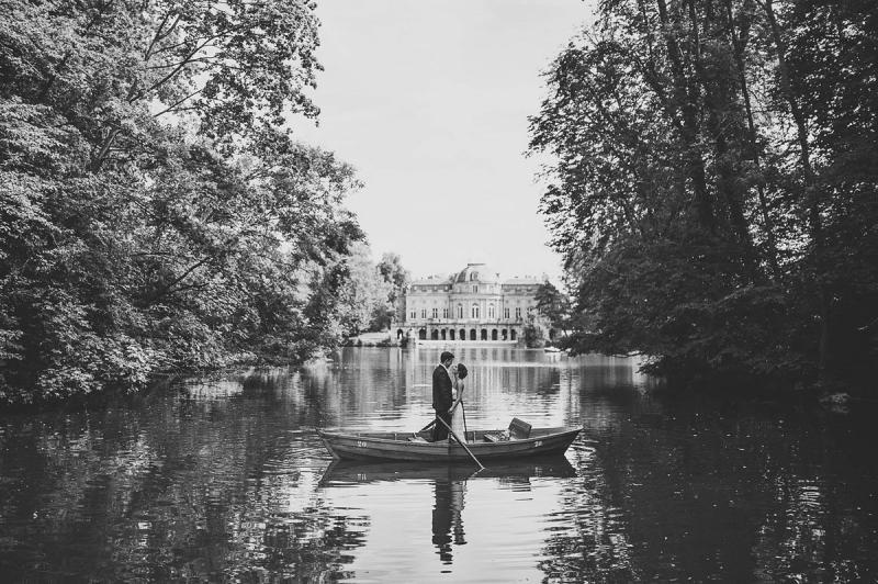 خارج عن المألوف صوره الزفاف وسط الطبيعة الساحرة في #ألمانيا #غرد_بصورة