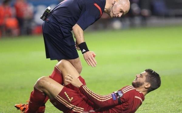 إصابة موراتا في الساق خلال لقاء #إسبانيا ولوكسمبرج #كورة