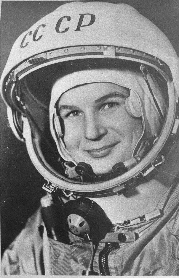 رائدة الفضاء الروسية فالنتينا تيريشكوفا أول إمرأه في الفضاء عام ١٩٦٣ #تاريخ