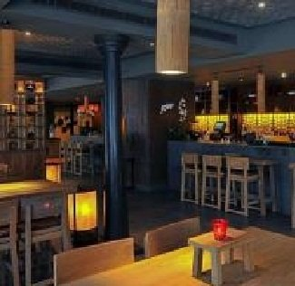 مطعم هيروز فندق كراون بلازا ابو ظبي، شارع الشيخ حمدان بن محمد، المركزية، #أبوظبي