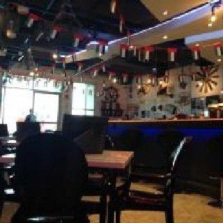 مطعم الويت كريبري غولدن تاور - قرب بناية المعورة - ال نهيان #أبوظبي