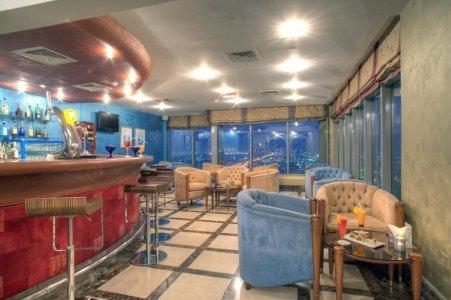 حانة بلو لاين فندق أوريكس، طريق الكورنيش، #أبوظبي