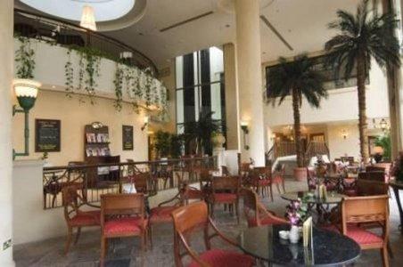 حلويات فيينا بلازا فندق هيلتون-الخبيره، #أبوظبي