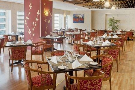 مطعم ذا جاردن فندق كراون بلازا أبوظبي، المركزية، #أبوظبي