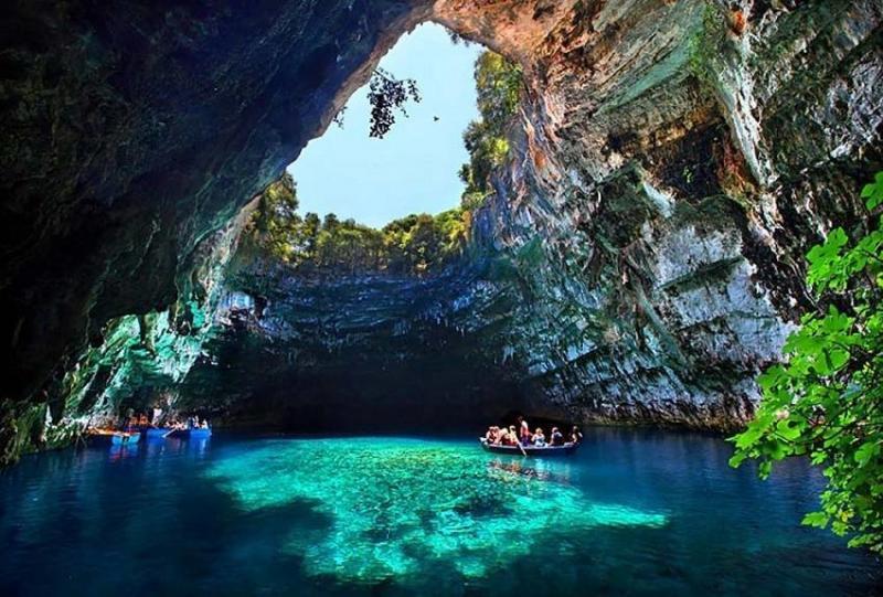بحيرة الكهف في كيفالونيا #اليونان -7
