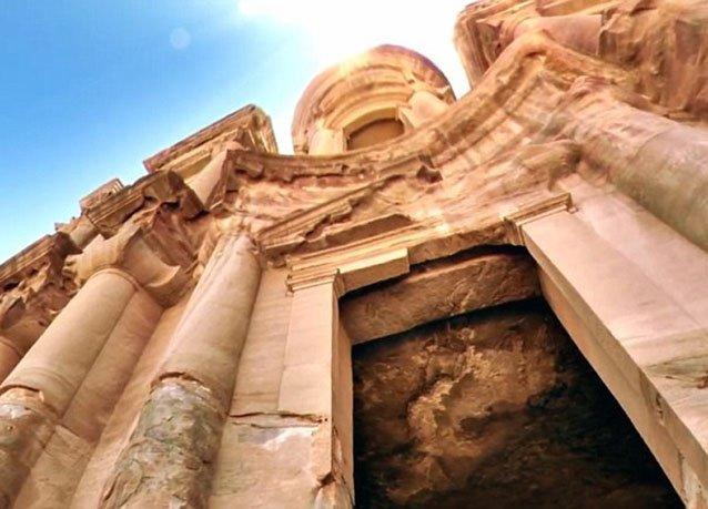 #جوجل ستريت فيو تطلق حملة بالتعاون مع جلالة الملكة رانيا صورا لمدينة #البتراء #الأردن - صورة 1