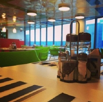 مطعم فيستا للمخبوزات و المشاوى-السفارات مستوى 1، برج أبوظبى 1، مبنى بنك أبوظبي التجاري ، مركز العاصمة قرب أدنيك، #أبوظبي