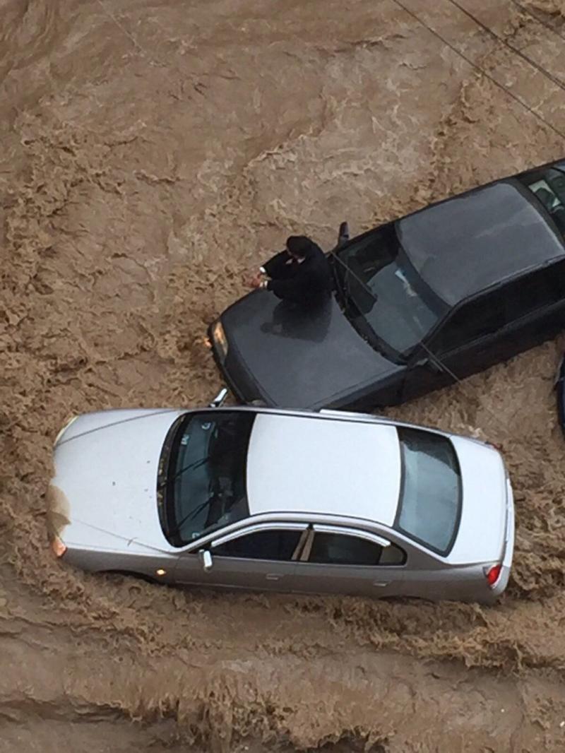أمطار غزيرة في #عمان #الاردن #عمان_تغرق -24