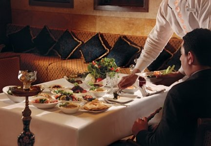مطعم من زمان العين روتانا ، العين، #أبوظبي