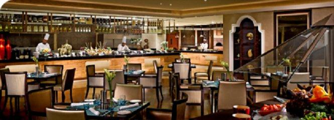 مطعم اربان كيتشن فندق دوسيت تاني, شارع المرور، #أبوظبي
