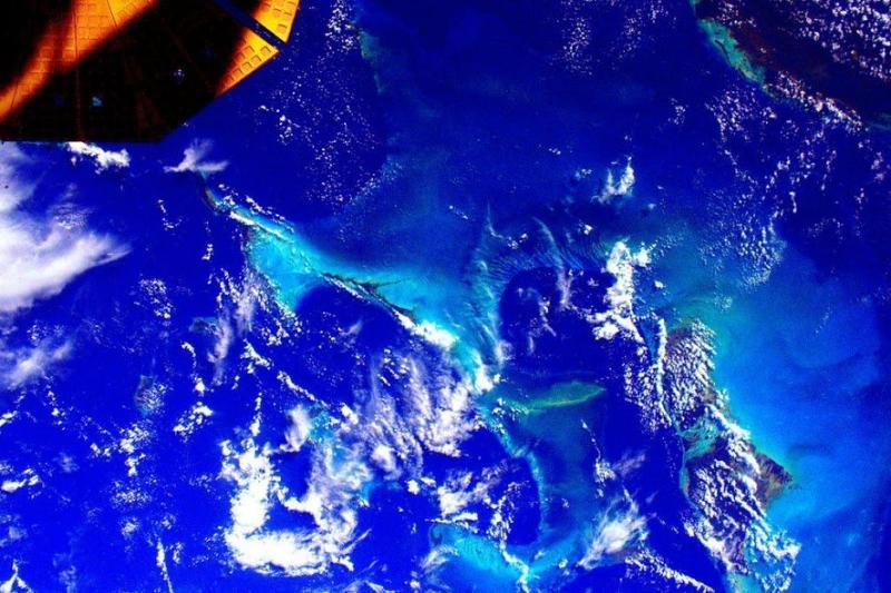 #الباهاما من تصوير رائد الفضاء #سكوت_كيلي