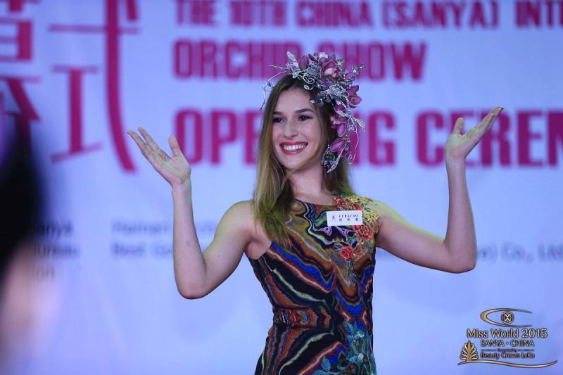 المرشحة في مسابقة #ملكة_جمال العالم 2015 من #كوراكاو Alexandra KRIJGER