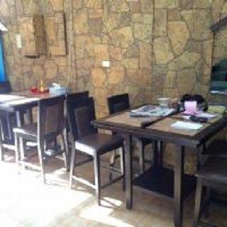 #مطعم اكسبرس بايستري قرب اتصالات ، النهل، الخاليدية، #أبوظبي