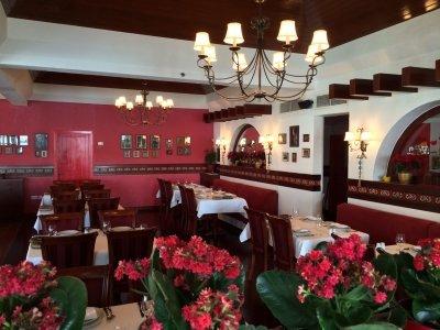 مطعم المياس فندق ومنتجع شيراتون، طريق الكورنيش، كورنيش المنطقة، #أبوظبي