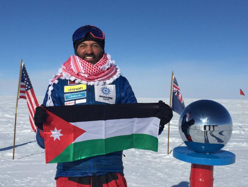 المغامر الأردني مصطفى سلامة 1 من 14 شخصا في العالم نجحوا بتسلق القمم السبع والقطبين #الأردن