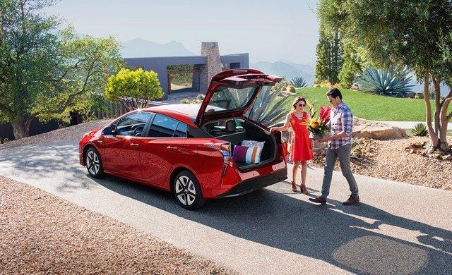 سيارة #تويوتا #بريوس #Toyota #Prius موديل ٢٠١٦ - #سيارات صورة ٤