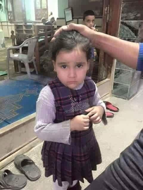 كما وصل من خلال #الواتساب طفلة تائهة موجوده في محل الحناوي جبل الحسين #عمان #الأردن يرجى النشر