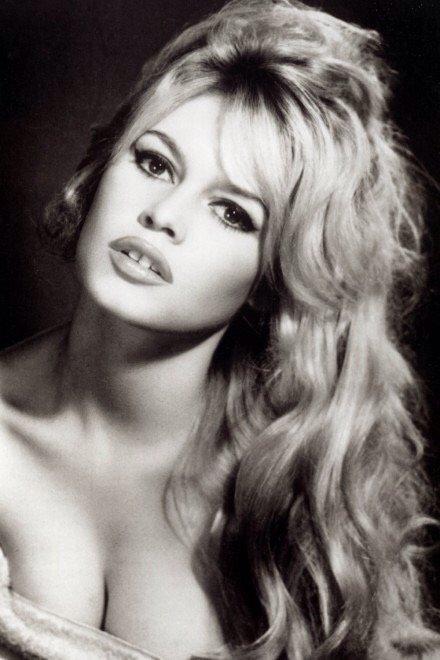 الممثلة الفرنسية #بريجيت_باردو brigette bardot #مشاهير - صورة ٣