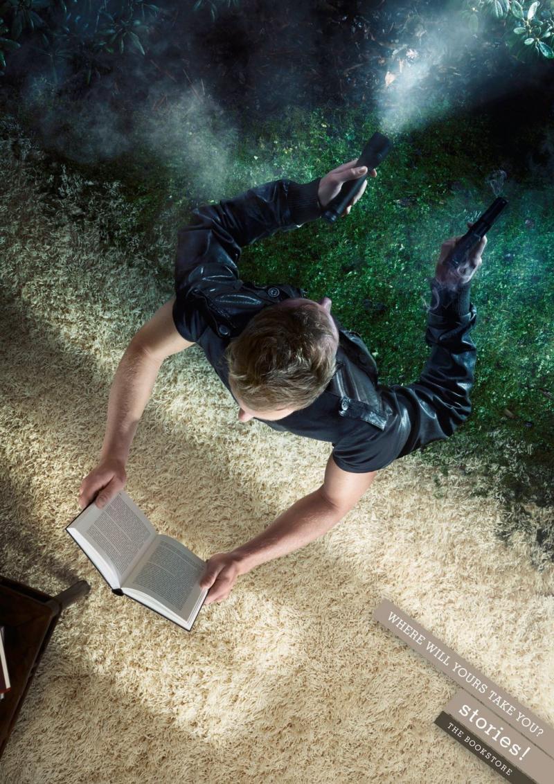 القراءة تأخذك لعالمها - صورة ١