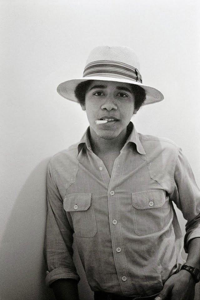 #أوباما أثناء دراسته في الجامعة عام ١٩٨٠ #مشاهير #تاريخ
