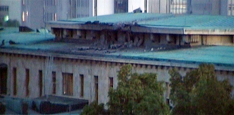 مبنى البرلمان التركي بعد قصفه الليلة اثناء محاولة الانقلاب الفاشلة #تركيا