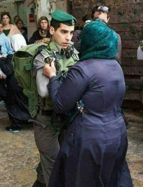 هنا #فلسطين #اغضب_للاقصى