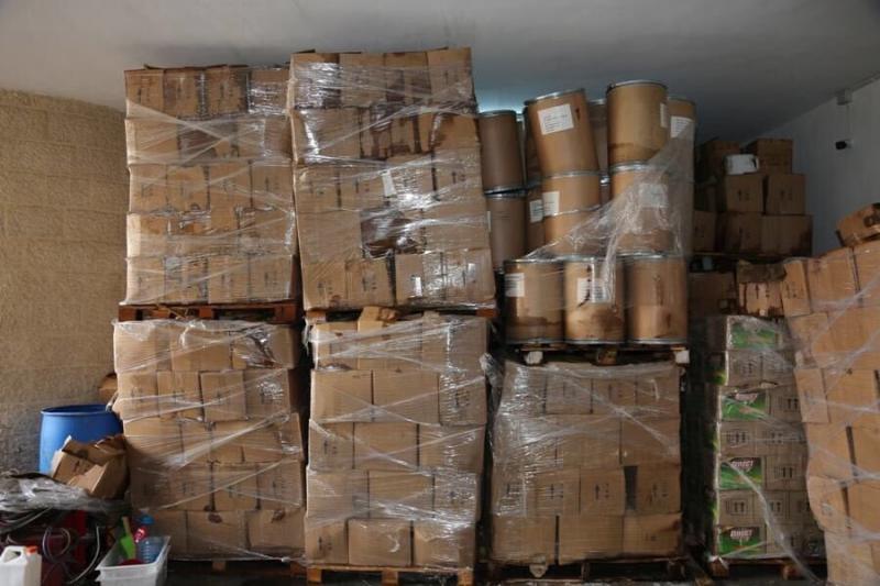 ضبط معمل لتصنيع الكبتاجون المخدر في #الأردن - صورة ٤
