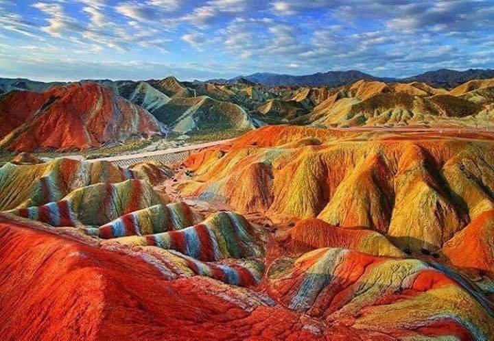 جبال #قوس_قزح في #البيرو - صورة ٢
