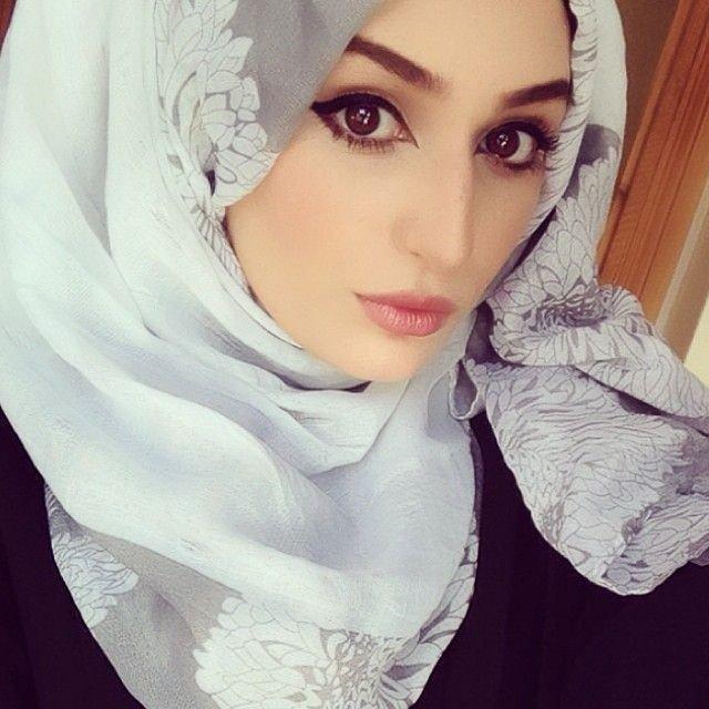 صور #بنات بأنواع مختلفة للفات #الحجاب - صورة ١