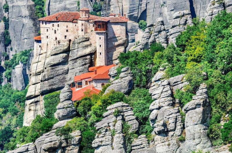 مدينة #Meteora الجبلية في #اليونان - صورة ١٢