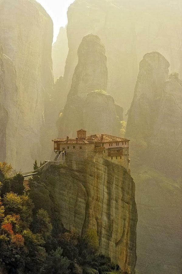 مدينة #Meteora الجبلية في #اليونان - صورة ١١