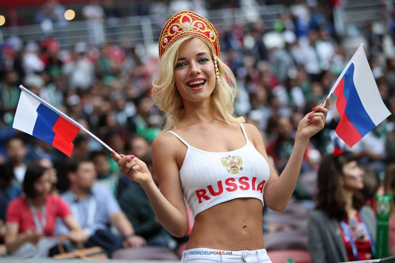 #مشجعات #روسيا في #كأس_العالم #روسيا ٢٠١٨ - صورة ٢