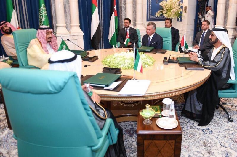 إنطلاق قمة دعم #الأردن في قصر الصفا في #السعودية وأنباء عن حزمة مساعدات بقيمة تقارب ال٣ مليارات دولار #قمة_مكة