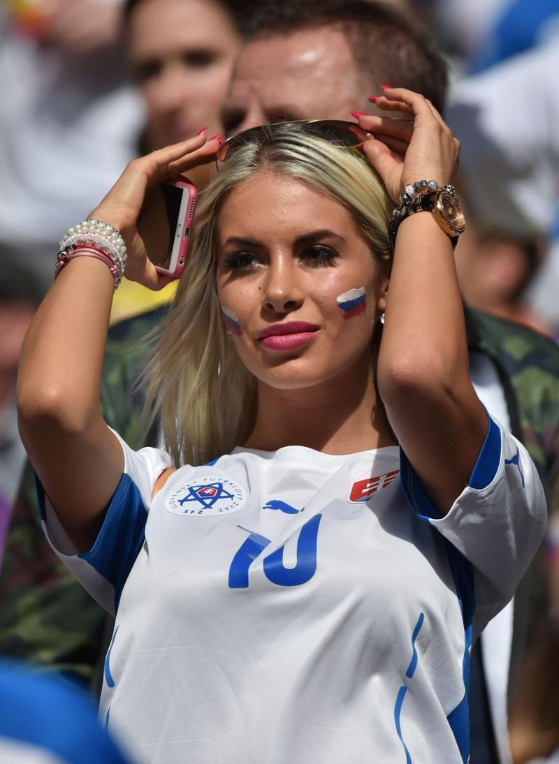 #مشجعات #روسيا في #كأس_العالم #روسيا ٢٠١٨ - صورة ١٠