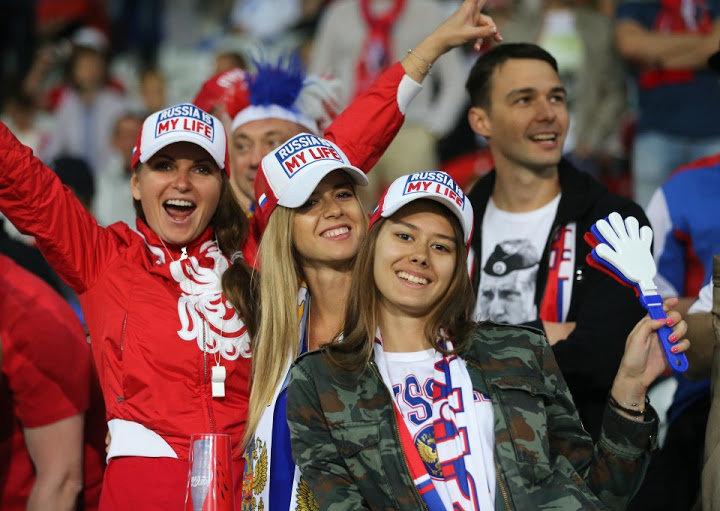 #مشجعات #روسيا في #كأس_العالم #روسيا ٢٠١٨ - صورة ١٦