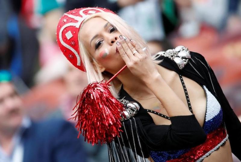 #مشجعات #روسيا في #كأس_العالم #روسيا ٢٠١٨ - صورة ٧