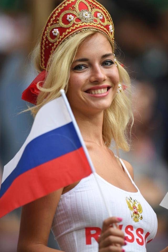 #مشجعات #روسيا في #كأس_العالم #روسيا ٢٠١٨ - صورة ٩