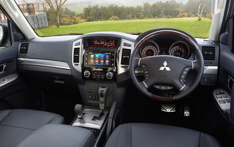 سيارة #ميتسوبيشي الفئة #باجيرو موديل ٢٠١٩ #سيارات - صورة ٤