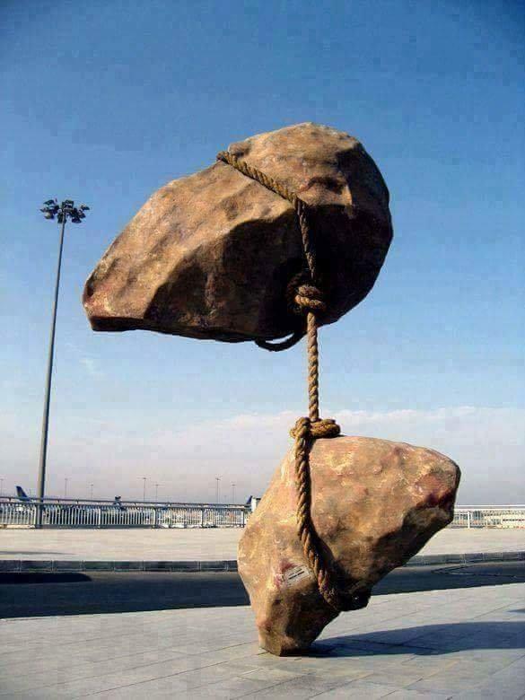 #تماثيل بتصاميم مذهلة وبعضها يتحدى الجاذبية - صورة ٣