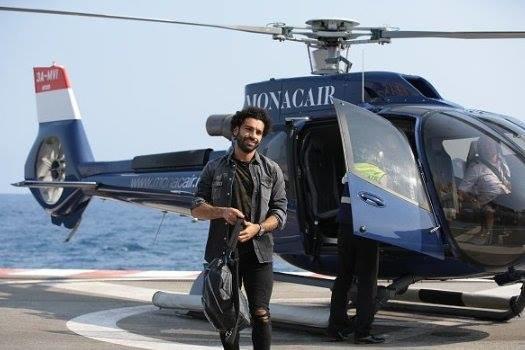 وصول النجم #محمد_صلاح @mosalah إلى #موناكو على متن هيليكوبتر #مشاهير - صورة ٣