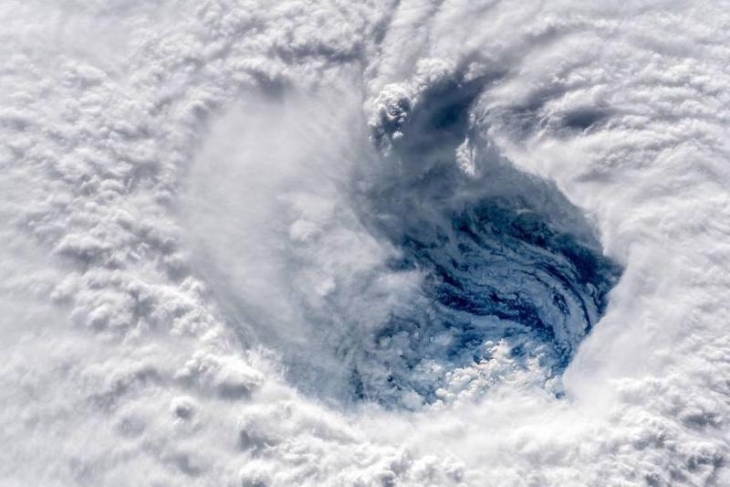 وكالة الفضاء الأميركية #ناسا تظهر حجم إعصار #فلورنس - صورة ١