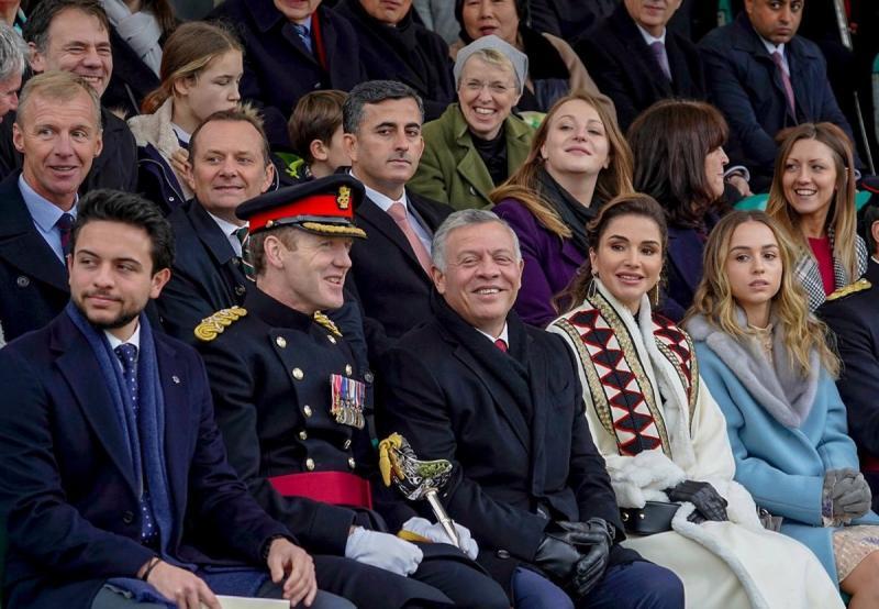 صور من حفل تخريج سمو #الأميرة_سلمى ابنة جلالة الملك #عبدالله_الثاني ملك #الأردن من أكاديمية ساند هيرست #مشاهير - صورة ٢