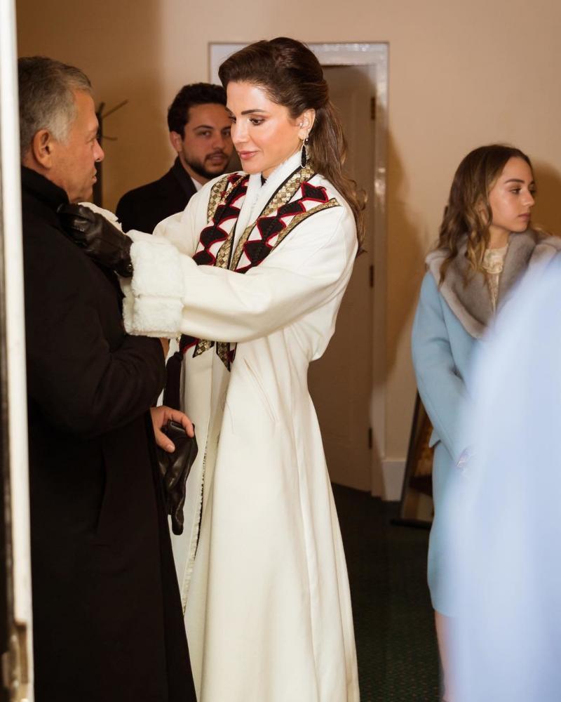 صور من حفل تخريج سمو #الأميرة_سلمى ابنة جلالة الملك #عبدالله_الثاني ملك #الأردن من أكاديمية ساند هيرست #مشاهير - صورة ١١