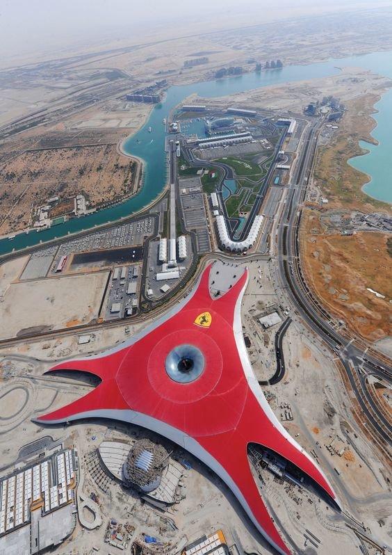 أماكن عليك زيارتها في #أبوظبي #الإمارات #سياحة - عالم فيراري